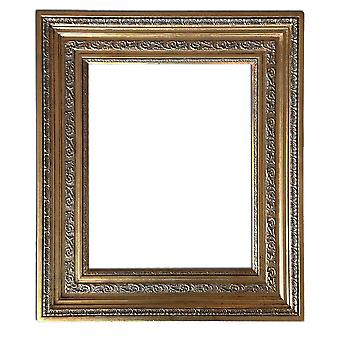 Inner dimensions 40 x 50 cm or 16 x 20 inch, wood frame in gold