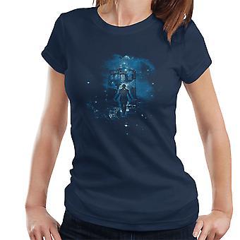 Time Traveller Tardis Doctor Who Women's T-Shirt