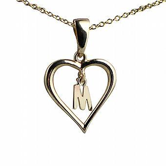 9ct oro 18x18mm inicial M en un corazón colgante con un cable de cadena de 20 pulgadas
