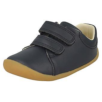 中古靴歩き回る人はクラフトを歩いて子供男の子女の子クラークス