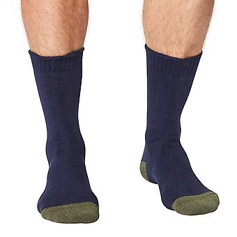 Forester thick men's organic cotton crew socks in navy | By Thought
