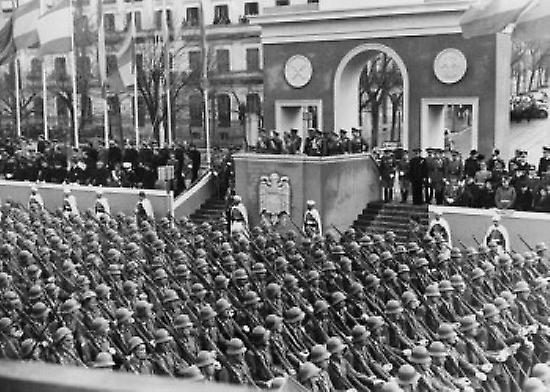 Francisco Franco on platform overlooking military parade Second anniversary of the Dia de la Victoria Madrid Spain April 1 1941 Poster Print