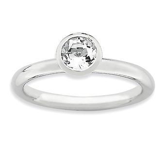 Lunetta di argento lucidato placcato in rodio impilabile espressioni aprile cristallo anello - anello di altezza 5mm dimensioni: 5-10