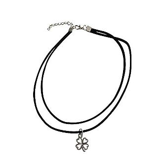 Minimalist statement choker necklace with clover silver