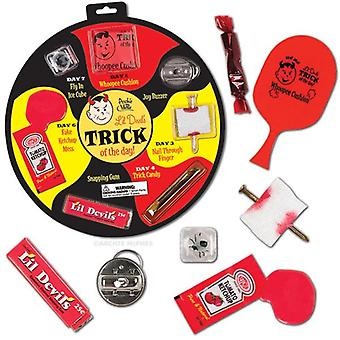 Character Goods - Archie McPhee - Trick Of The Day - Joke Set 11794