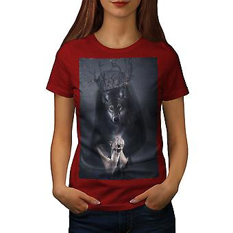 Wolf King Beast Animal Women RedT-shirt | Wellcoda