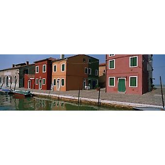 Дома вдоль канала Бурано Венеции Венето Италия Плакат Печать