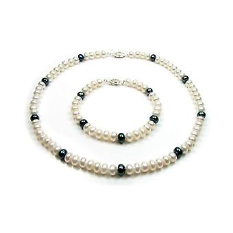 Adornment woman Necklace Bracelet in freshwater white and black cultured pearls and silver clasp