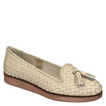 Women's woven off-white leather loafers with tassels