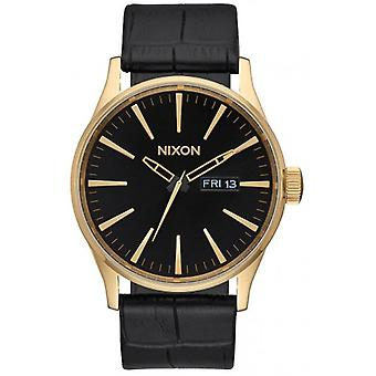 Nixon The Sentry Leather Watch - Gold/Black Gator
