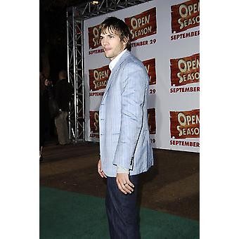 Ashton Kutcher At Arrivals For Open Season Premiere Greek Theatre In Griffith Park Los Angeles Ca September 25 2006 Photo By Michael GermanaEverett Collection Celebrity