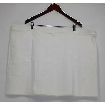 Liz Claiborne New York Femmes apos;s Plus Shorts Ponte Knit Skort Blanc A263460