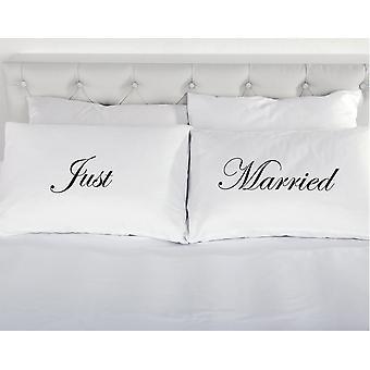 فقط المتزوجة من زوج من وسادات