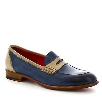 Leonardo sko kvinder håndlavede hyttesko i lys blå og beige kalveskind