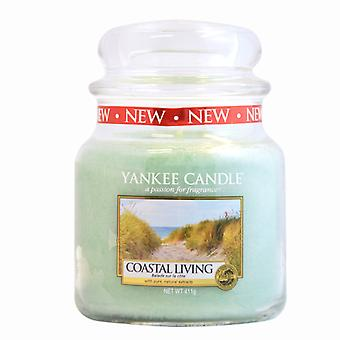 Yankee Candle Jar Classic Coastal Living Medium Candle 411g