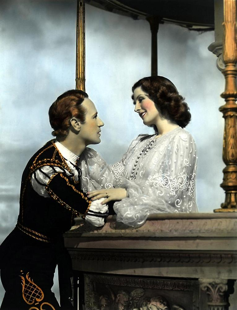 Romeo and juliet leslie howard norma shearer 1936 balcony sc.