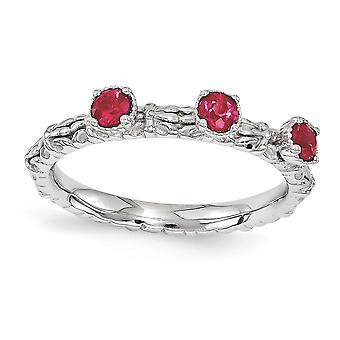 2,5 mm Sterling Silver polerat stift uppsättning rodium-plated stapelbar uttryck skapad Ruby tre sten Ring - Ring storlek: