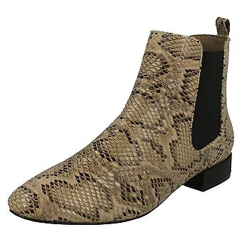 Ladies Spot On Pull On Ankle Boots F50558