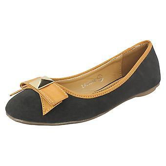 Ladies Anne Michelle Slip On Flats