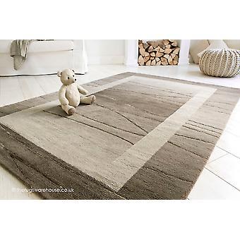 Linea brun tæppe
