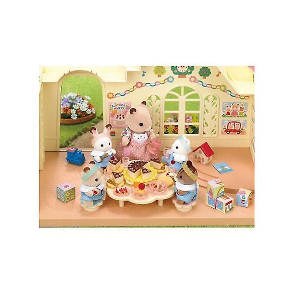 Sylvanian familie kindergarten party set fruugo for Kinder party set