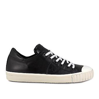 Philippe model men's GRLUVL06 black leather of sneakers