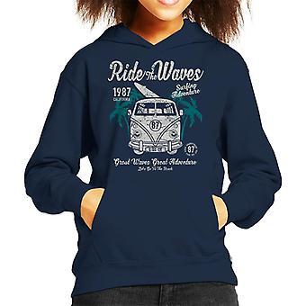 Rida vågor Camper Van Kid's Hooded Sweatshirt