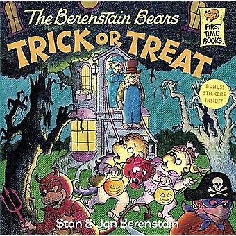 The Berenstain Bears Trick or Treat by Stan Berenstain - Jan Berensta