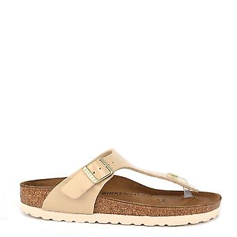 Birkenstock Gizeh Sand Patent Thong Sandal