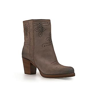 Car Shoe Grey Leather Ankle Boots