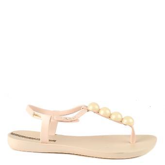 Ipanema Charm Ivory Pebble Rubber Sandal