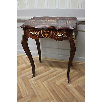 Baroque side - table antique style MkTa0059