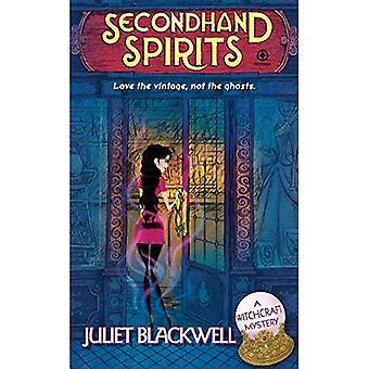 Secondhand Spirits (Witchcraft Mystery)