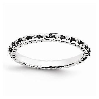 Sterlingsølv poleret Prong sæt mønstret Rhodium-belagt stabelbare udtryk Black og White Diamond Ring - Ring Si