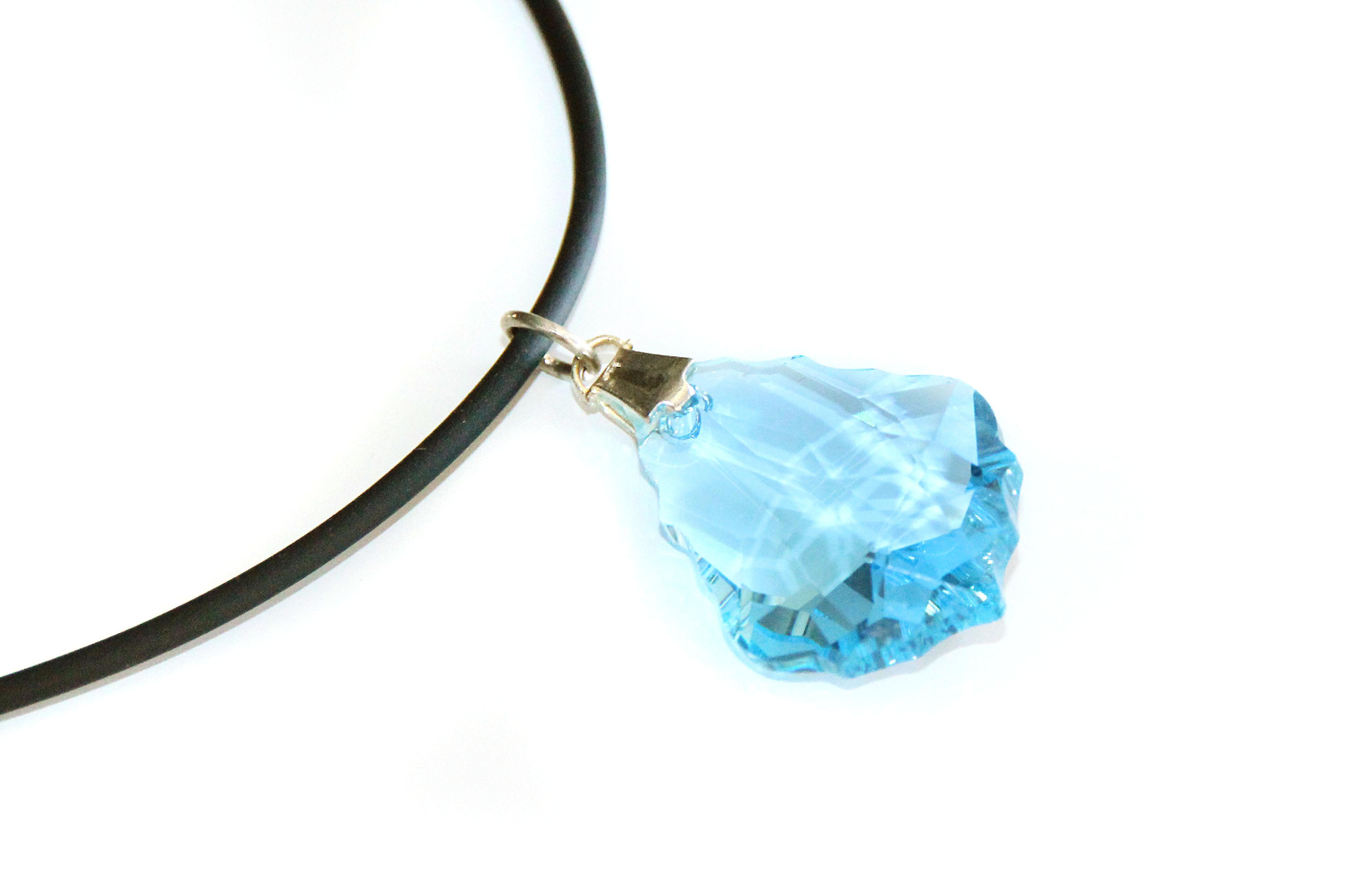 Waooh - Jewelry - Swarovski / blue teardrop pendant and rubber cord - Wholesale