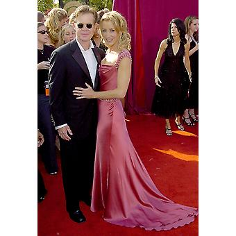 William H Macy Felicity Huffman At Arrivals For 57Th Annual Primetime Emmy Awards The Shrine Auditorium Los Angeles Ca September 18 2005 Photo By Dee CerconeEverett Collection Celebrity