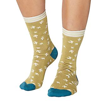 Swallows women's soft bamboo crew socks in pea | By Thought