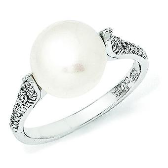 Sterling Silver CZ White Freshwater Cultured Pearl Ring - Ring Size: 6 to 8