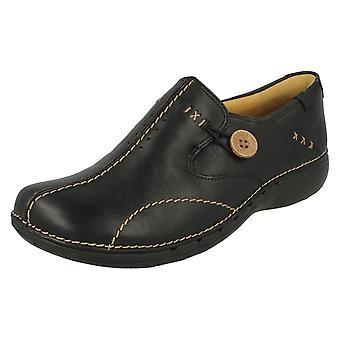 Senhoras Clarks Un estruturado sobre sapatos Un Loop