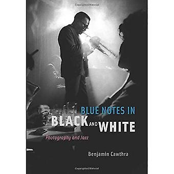 Blå notater i svart og hvitt: fotografi og Jazz