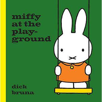 Miffy en el parque por Dick Bruna - libro 9781471123320