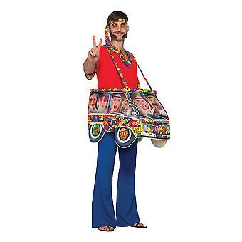 Hippie-Van Schritt In Tracht