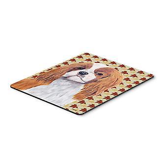 Cavalier Spaniel caen hojas retrato mousepad, almohadilla caliente o latas de refrescos