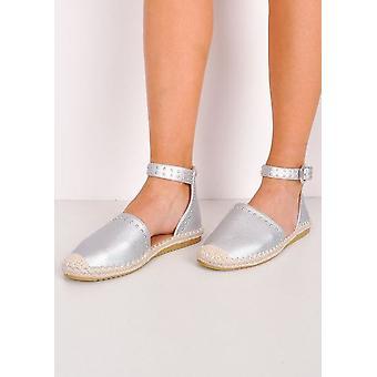 Con borchie metalliche espadrillas Sandali Flat Silver