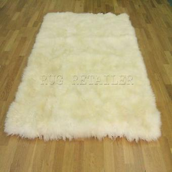 Rugs -Oblong Sheepskin In Natural