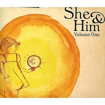 Hun & ham - Volume One [CD] USA importerer