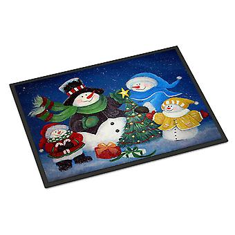 The Family Gathering Snowman Indoor or Outdoor Mat 18x27