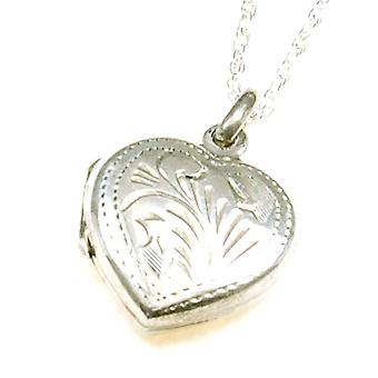 The Olivia Collection Sterling Silver 16mm Engraved Heart Locket on18