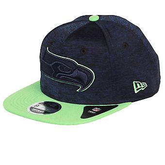 New Era and NHL Sports Jersey 9Fifty Flatbill Cap ~ Seattle Seahawks