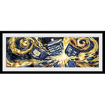 Doctor Who explosant Tardis encadrée Collector Print